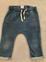 Super modne spodenki joggersy Cool Club r.68/74 model z wytarciami