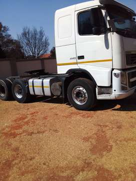 AFFORDABLE VOLVO FH 440 TRUCK