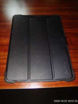 Body Glove Ipad 7 new Gen Cover