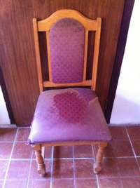 Image of 6 solid oak chairs