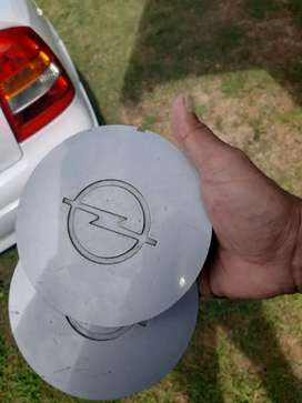 Opel astra centre caps wanted