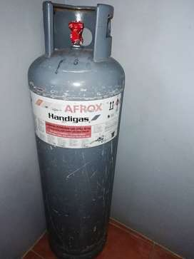 48kg gas cylinder fully filled with gas