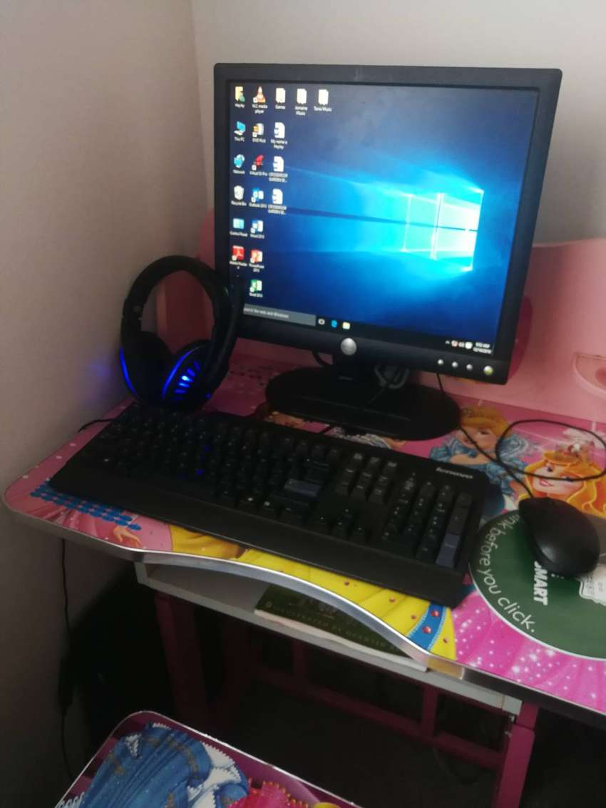 A CHRISTMAS SPECIAL: HP DESKTOP PC AND HUAWEI P10 PLUS 0