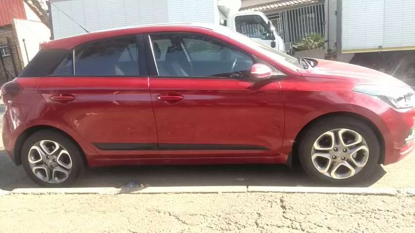 HYUNDAI I20 AUTOMATIC IN EXCELLENT CONDITION