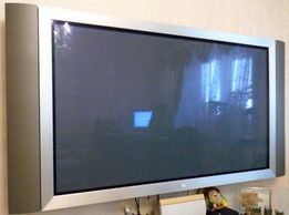 """Телевизор 60"""" LG Flatron Plasma"""