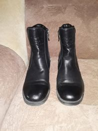 Продам кожаные демисизонные ботинки для мальчика