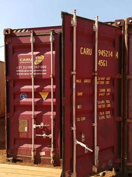 12m (40') High Cubed and GP containers for sale in Cape Town