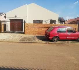 R4500 House to rent in Mamelodi Mahube X3