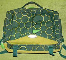 Рюкзак-портфель черепаха сделан в Вьетнаме привезен из заграницы. Б/У