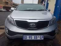 Image of 2012 Kia Sportage 2.0 automatic, silver color.