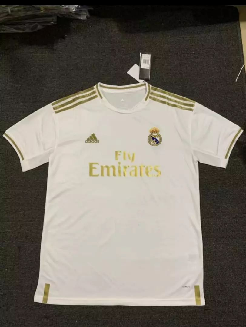 REAL MADRID NOVI DRES 2020 0