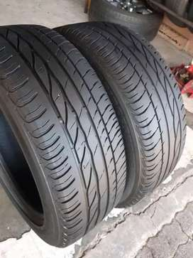 2×215/55/17 BRIDGESTONE run tyres for sale