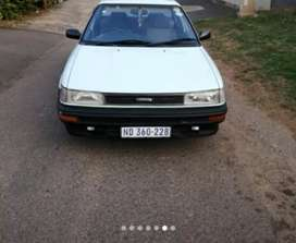 Toyota corolla absolutely neat a must see start and go