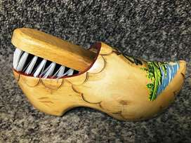 Wooden clog and brush set