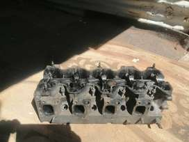 Selling 2c deasel engine top