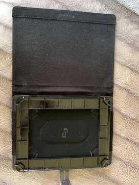 Ipad/Tablet cover.. 10.5-11 inches.