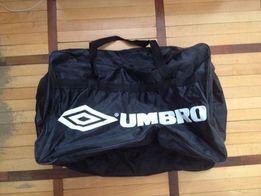 Продам дорожную (спортивную) сумку Umbro