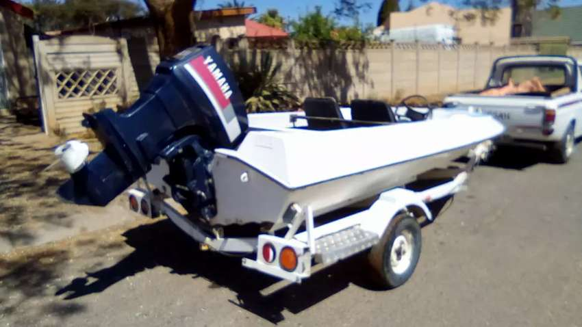 60hp boot te koop 0
