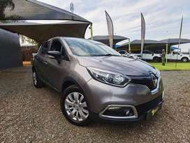 2015 - Renault Captur 900T expression 5-Door