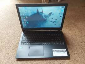 I5 7th gen Acer laptop in excellent condition