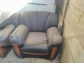6 piece sofas,2 seater couch, wardrobe and chest of 5 drawers for sell