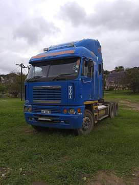 Freightliner argosy and Trailstar triaxle combo