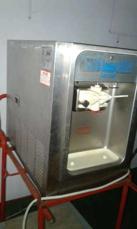TAYLOR TABLETOP ICECREAM MACHINE with SEPARATE TROLLEY