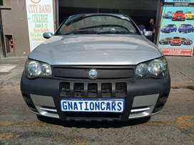 Fiat strada 1.6 manual 2009 model for SELL
