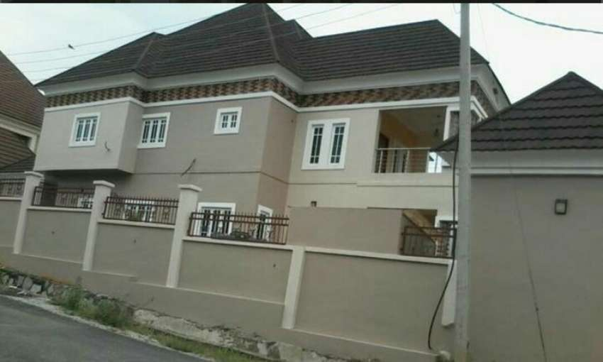 Pretty house fr sale gwarimpa abuja 0