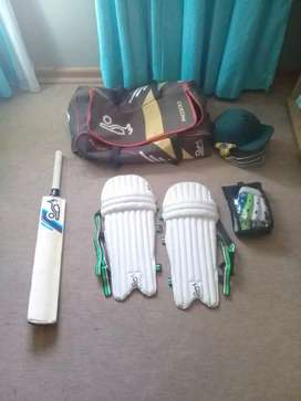 Full Cricket set.