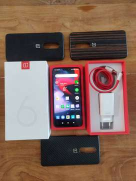 OnePlus 6 with 8GB RAM and 256GB ROM Midnight Black with extras