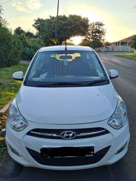 Hyundai i10 for sale , price is negotiable!