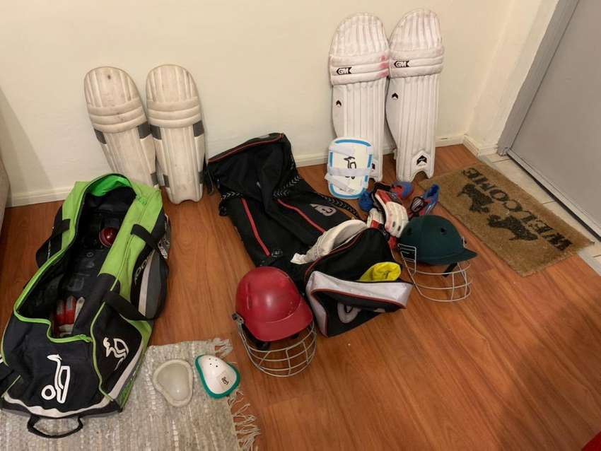 Cricket kit in a brand new condition for sale. 0