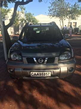 NISSAN full house 4*4 good condition