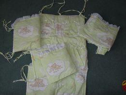 Защита и балдахин для детской кроватки