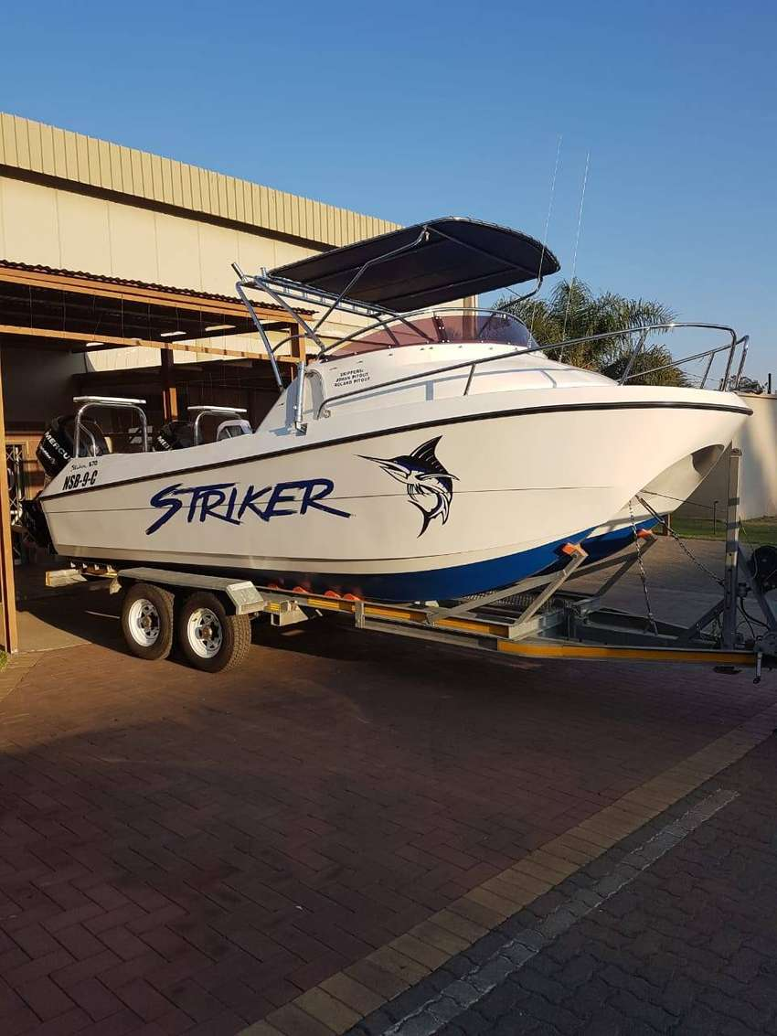 2010 Striker 670 CAT Boat 0