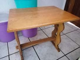 Oakwood children toddler size patio or balcony table