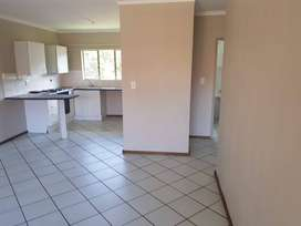 Centurion – Pavilion Heights – Spacious 2 bedroom flat to rent