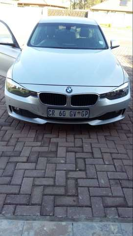 BMW 3 SERIES, AUTOMATIC WITH BLACK LEATHER INTERIOR