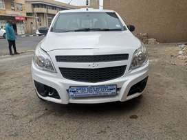 2014 Chevrolet utility bakkie 1.4 comes with a Canopy