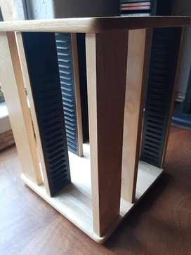 Turning CD stand