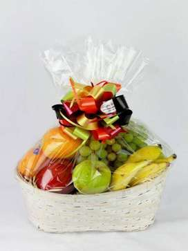Gift hampers for valentine and more