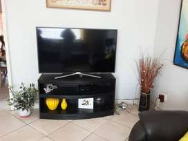 1.5 Bedroom Apartment to Rent in sought after area in Lambton R4800