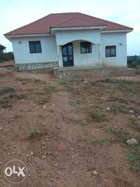 Gayaza, nice complete interior bungalow of three bedrooms on sell 0