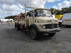 1983 Mercedes Benz 1113 (6 ton) with drop sides and crane