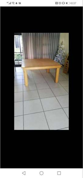 OAK 8 seater dining table