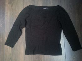 Продам скрасивый свитерок RIiver IsLanD