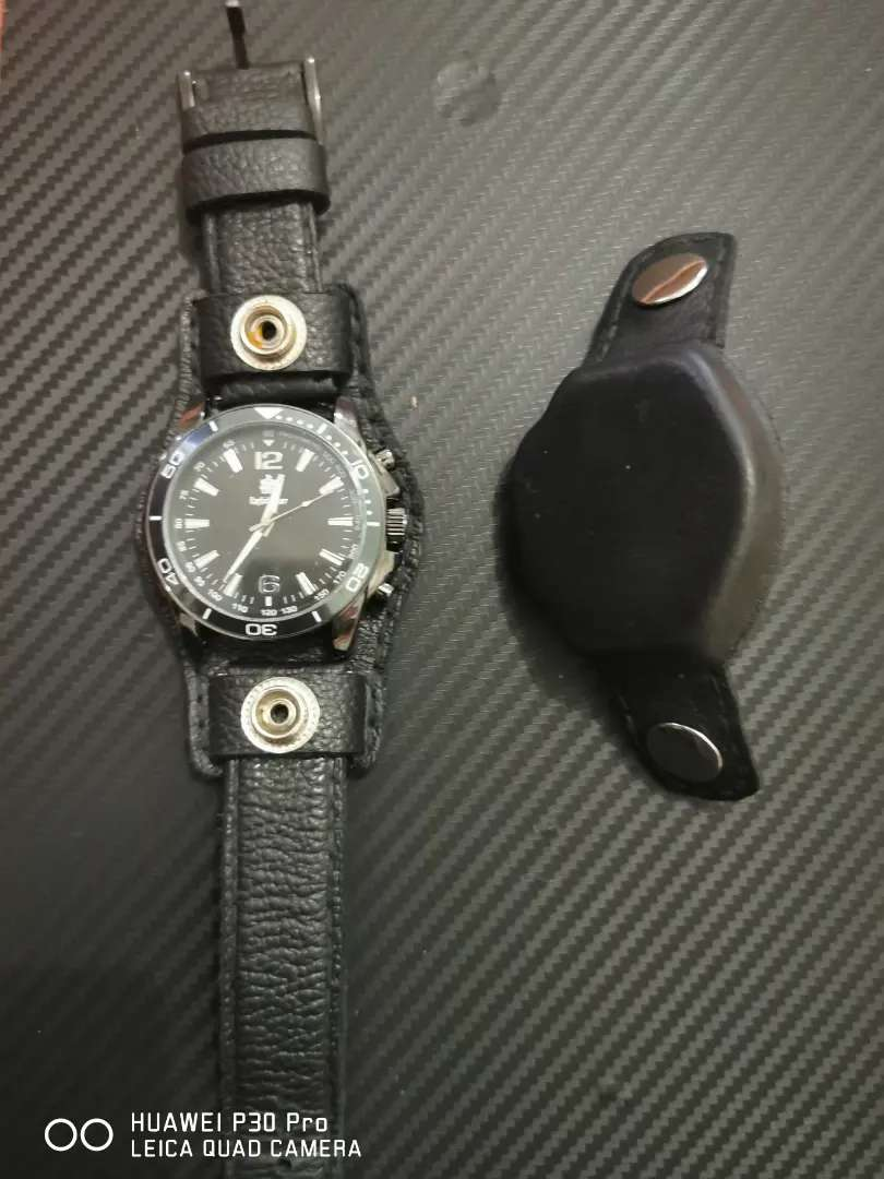 Old skool leather strap and watch protector