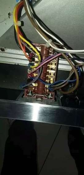 Fridge repairs and washing machine
