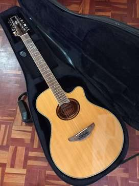 Yamaha APX700II-12 Thinline 12-string Natural Guitar